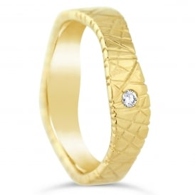 18ct Yellow Gold Textured Single 0.030ct Diamond Shaped Wedding Ring