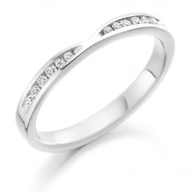 18ct White Gold Half Set 0.18ct Shaped Diamond Ring