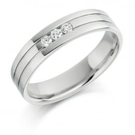 Mens 18ct White Gold 0.14ct Three Stone Diamond Wedding Ring